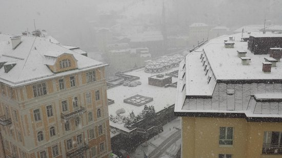 Hotel Elisabethpark: Veiw from my window during snow