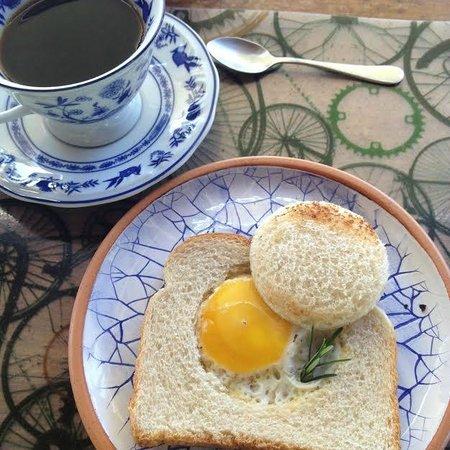 Hospedaria Ponta Da Piteira: no café da manhã