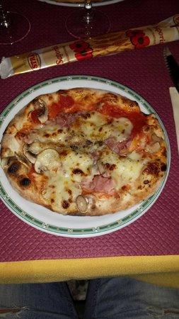 PIZZA SANTA LUCIA : Petite pizza en entrée
