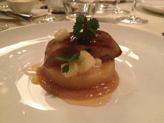 Takao Takano : foie gras sur coing confit : parfait