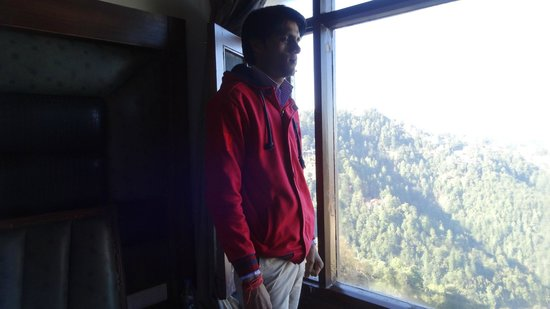 Kapil Hotel: hotel window view