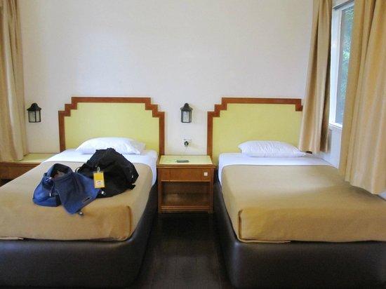 Kinabalu Pine Resort : Nice and clean basic bed room
