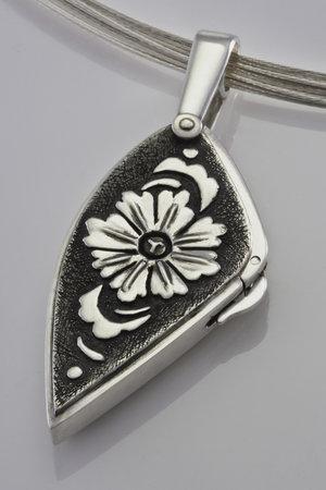 Cornwall School of Art, Craft and Jewellery: Terry Kovalcik Locket Master Class August 14