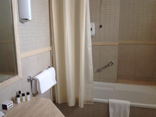 Hotel Ercolini & Savi: il bagno