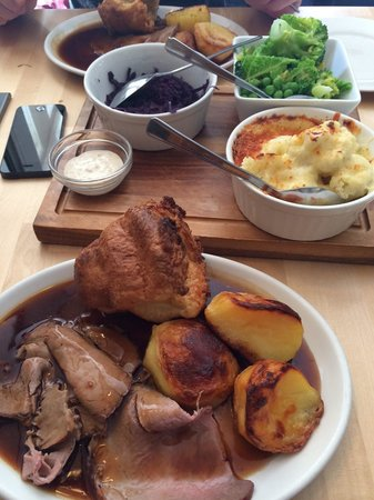 The Bell Inn: Roast beef yum yum