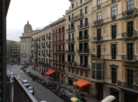 Hotel Pulitzer: left view from our balcony