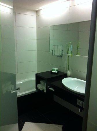 Chateau des Thermes : Salle de bain