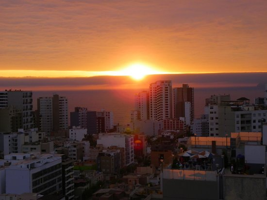 Dazzler Lima: Sunsets at the rooftop pool