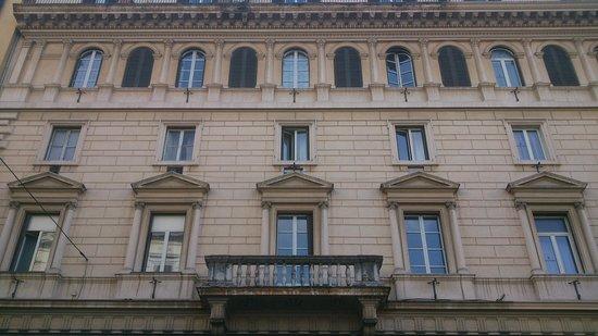 Hotel Esposizione Roma: Edificio