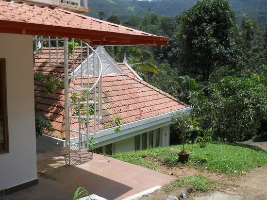 Birds Valley Resorts Munnar: Cottage view