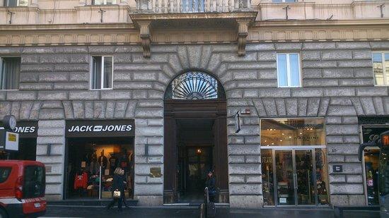 Hotel Esposizione Roma: Portal entrada