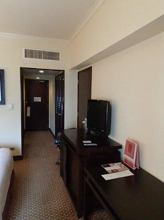 Cebu City Marriott Hotel: Closet