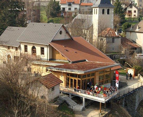 Saint Le Noble Restaurant Presitge