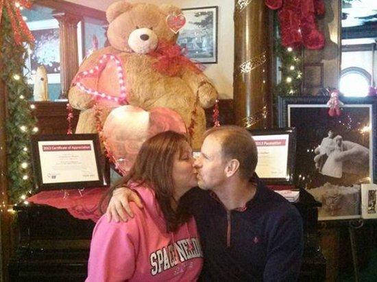 The Stonehurst Manor: Piano Kiss on Valentine's Morning
