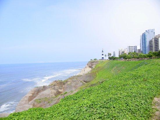 Malecón de Miraflores: More Ocean Views