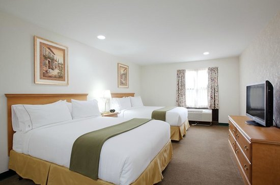 IHG Army Hotels on Fort Drum, Fort Drum Inn : Standard Two Queen Room