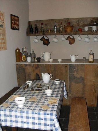 Museo do Pobo Galego: farmhouse kitchen