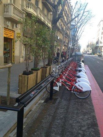 BcnStop Sagrada Familia : Соседняя улица