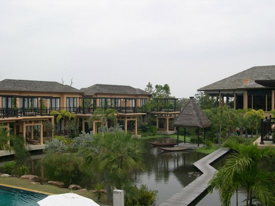 Mövenpick Asara Resort & Spa Hua Hin : ホテル内建物