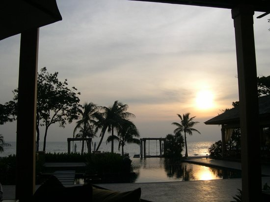Mövenpick Asara Resort & Spa Hua Hin : 夕日とブランコ