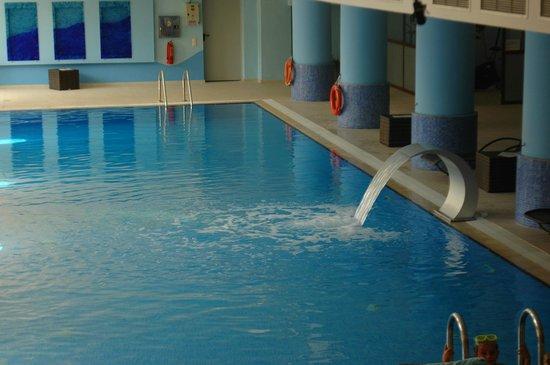 4 Seasons : pool