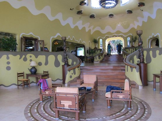 Mara Serena Safari Lodge: Main lodge room