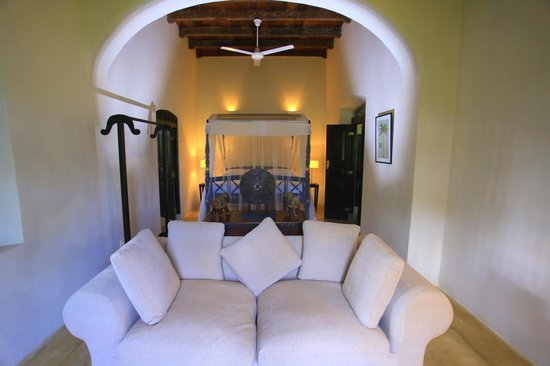 Galle Henna Estate : bedroom