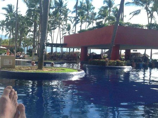 Club Regina Puerto Vallarta: chillin' at the pool