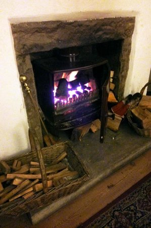 Cables B&B: The fire in the comfy lounge area