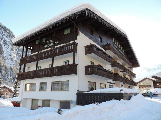 Hotel Grohmann: Vista in un anno particolarmente nevoso: febbraio 2014