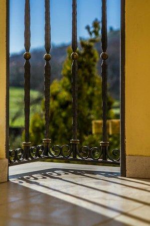 Hotel Caserta Antica: Ringhiera balconcino