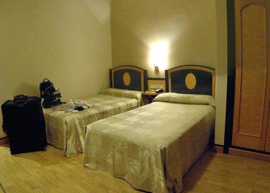 Macia Condor: Twin beds