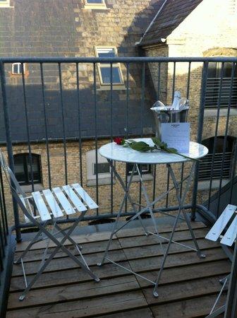 CopenHagen Strand: Valentines surprise on balcony