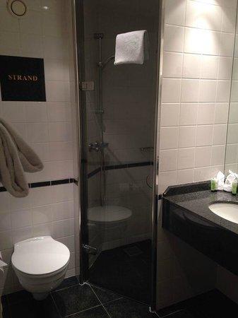 CopenHagen Strand: Bathroom