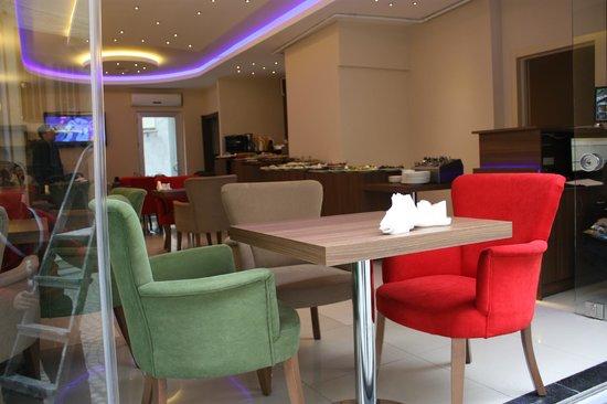 Istanbul Central Hotel: lobby / cafe
