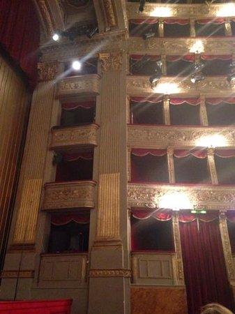 Teatro di Roma - Argentina: foto vanuit onze zetel