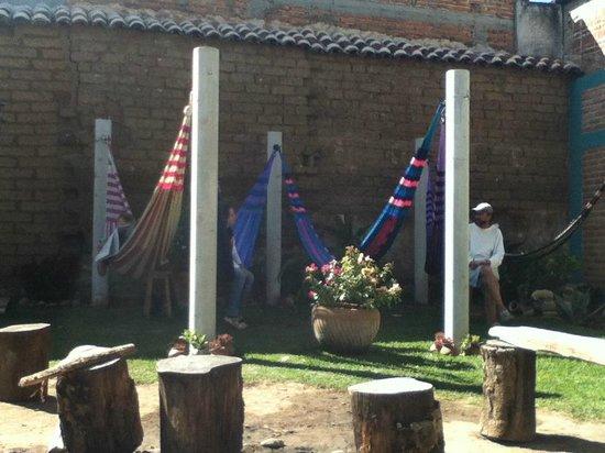 Puerta Vieja Hostel: increible lugar de relax en el jardín