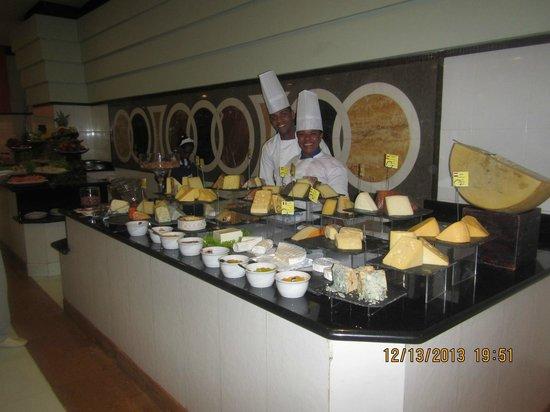 Iberostar Grand Hotel Bavaro: Can I take a picture, CHEESE !