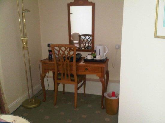 Best Western Hotel Bristol : room