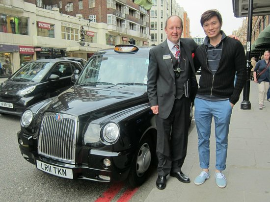 London Black Taxi Tours : Our London trip cannot be any better without Michael
