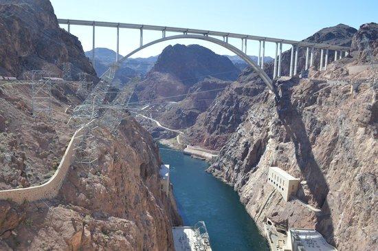 Hoover Dam Bypass: The Bypass Bridge