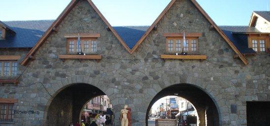 Hotel Carlos V Patagonia Bariloche: Centro Cívico