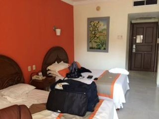 Adhara Hacienda Cancun: room