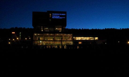 Falkensteiner Therme & Golf Hotel: Abendstimmung beim Spaziergang nach Bad Waltersdorf