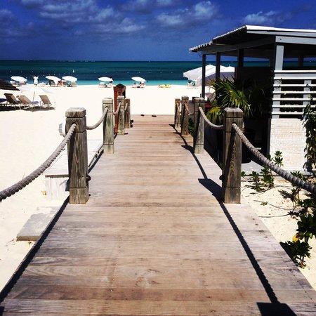 West Bay Club : Beach Bridge