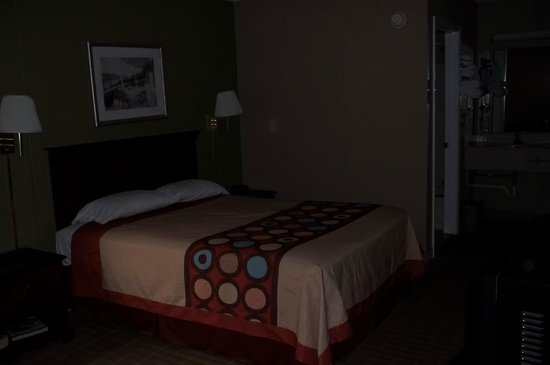 Super 8 Jessup/Baltimore Area: Room appeared clean