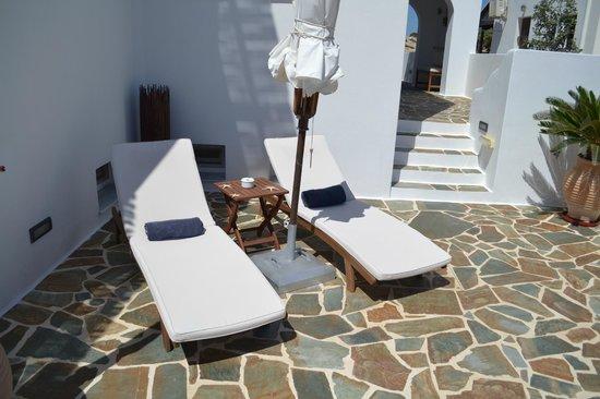 Astraeos Milos: nice lounging area