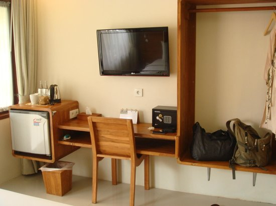Arana Suite Hotel: Pictures from day 1 to day 4