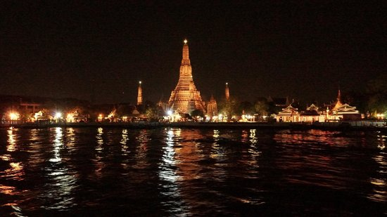 Dinner Cruise by White Orchid River Cruise: Wat Arun