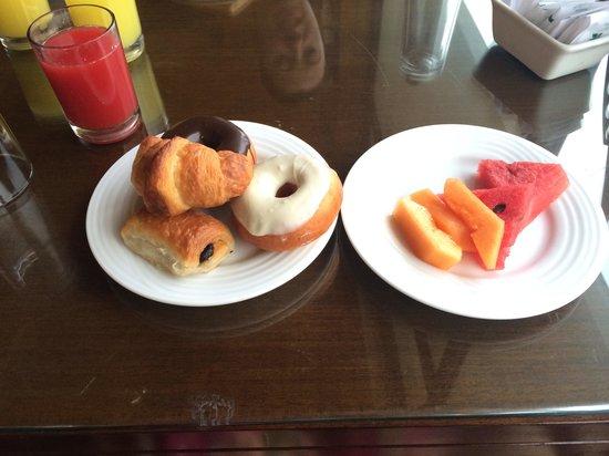 The Windflower Resort and Spa Pondicherry : Breakfast! - Feb 2014
